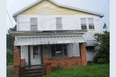 704 Washington Ave - Photo 1