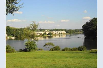 10 Lakeside Drive - Photo 1
