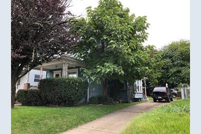 761 Spruce Ave - Photo 1