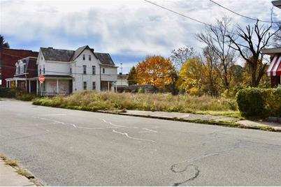 136 Auburn Street - Photo 1