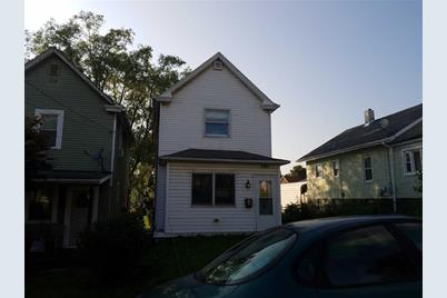 137 Maple Avenue - Photo 1