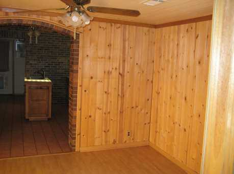 1027 Mundys Mill Rd - Photo 3