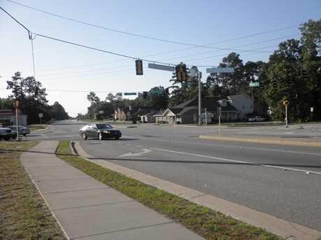 450 Savannah Ave - Photo 3