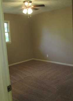 1126 Skyline Dr - Photo 19