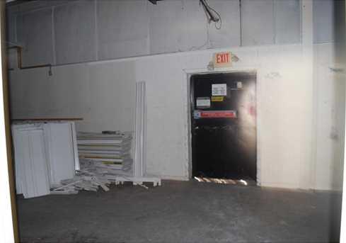 102 West Lee St - Photo 9