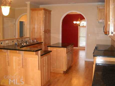 578 Hillcrest Rd - Photo 3