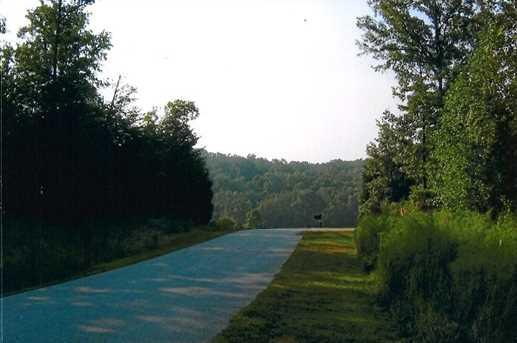 125 Lakeview Walk #38 - Photo 3