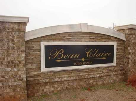 209 Beau Claire - Photo 1