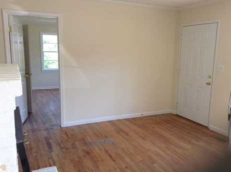 385 Hawthorne Ave - Photo 5