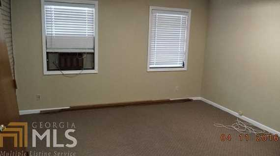 6067 New Peachtree Rd - Photo 9