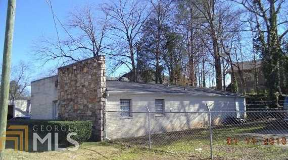 6067 New Peachtree Rd - Photo 3