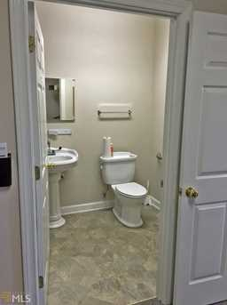 208 Corporate Dr - Photo 15