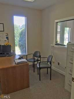 208 Corporate Dr - Photo 11