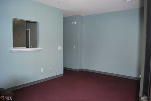 116 Corporate Dr - Photo 3