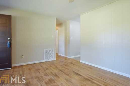243 Hutchins Wolfskin Rd - Photo 7