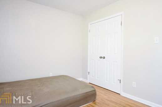 243 Hutchins Wolfskin Rd - Photo 20