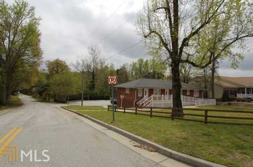 5004 Stone Mountain Hwy - Photo 3
