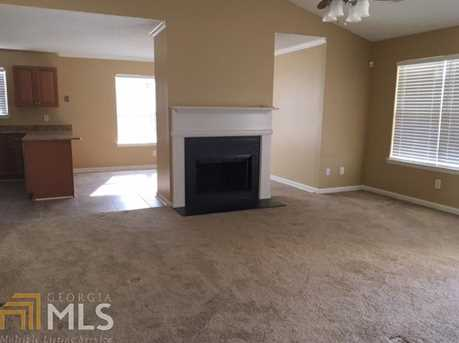1036 Meadow Glen Cir - Photo 11