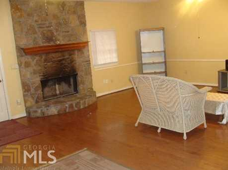 6385 Rockland Rd - Photo 13