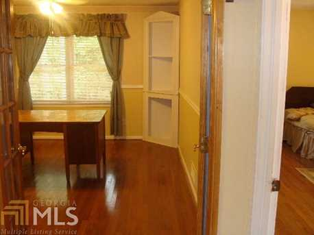 6385 Rockland Rd - Photo 11