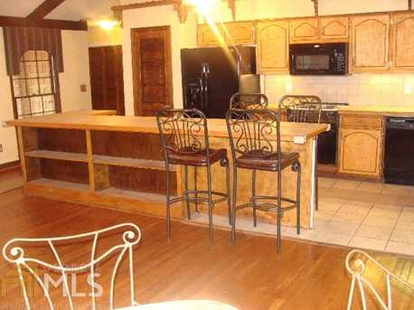 6385 Rockland Rd - Photo 5