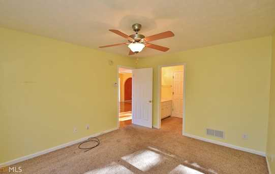 938 Charleston Ct #4 - Photo 11