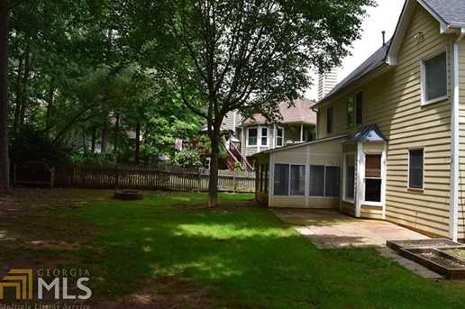 629 Overhill Dr - Photo 3