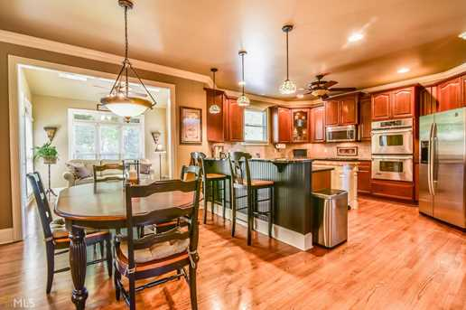 2752 Floral Valley Dr - Photo 9