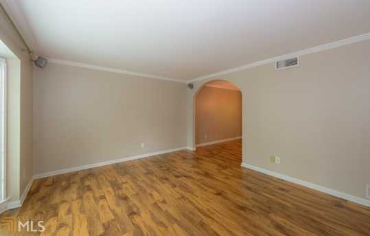 136 Peachtree Memorial Dr - Photo 7