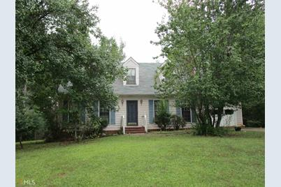 425 Brookstone Dr - Photo 1