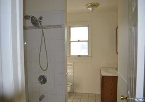 428 Montclair Avenue - Photo 5