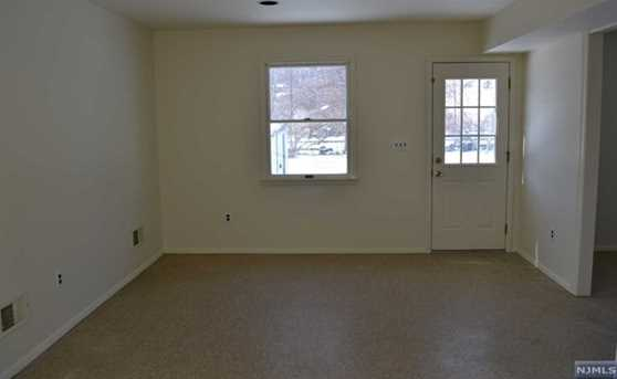 428 Montclair Avenue - Photo 3