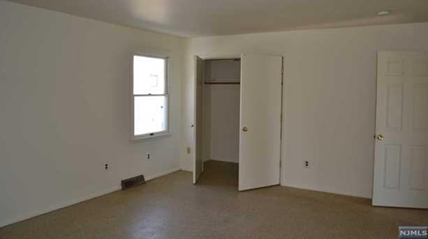 428 Montclair Avenue - Photo 7