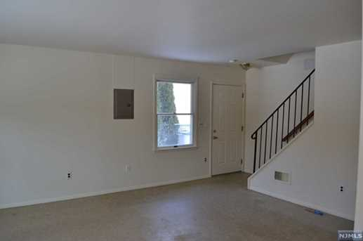 428 Montclair Avenue - Photo 4