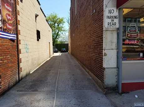 1176 Elizabeth Avenue - Photo 5