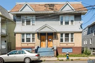 29-31 Howard Street - Photo 1