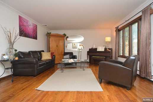 884 Hilltop Terrace - Photo 4