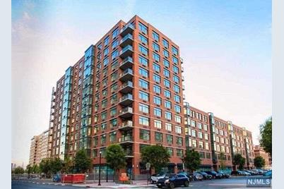 1400 Hudson Street #521 - Photo 1