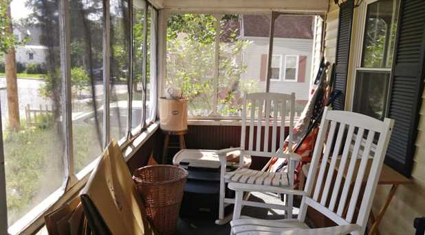 13 Pine Grove Street - Photo 3