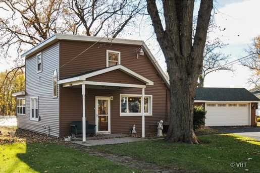 12 Lawrence Dr - Photo 1