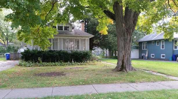 633 Western Avenue - Photo 1