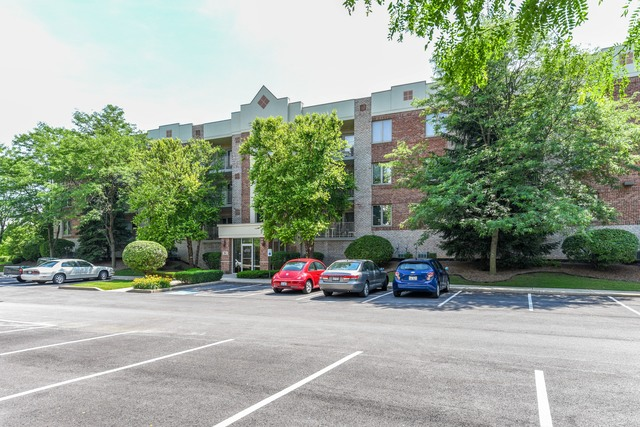 7831 West 157th Street 206 Orland Park IL 60462