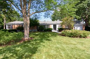300 West Willow Road - Photo 1
