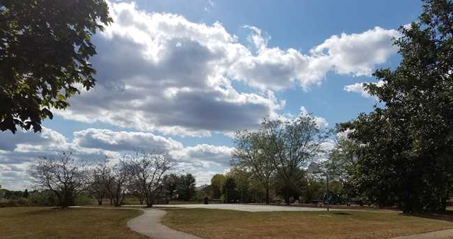 1522 Arlington Lane - Photo 5