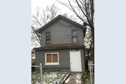 218 Michigan Street - Photo 1