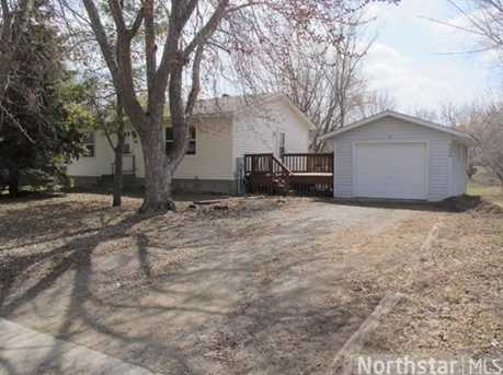 135 Willow Drive W - Photo 1