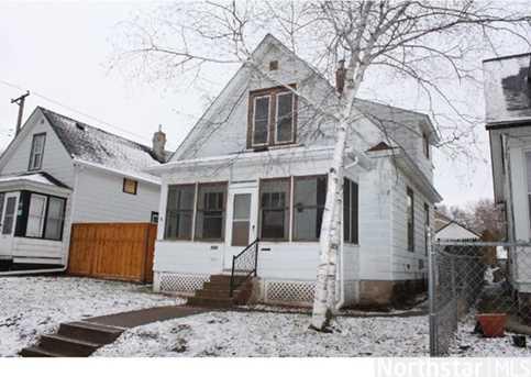 595 Hawthorne Ave E - Photo 1