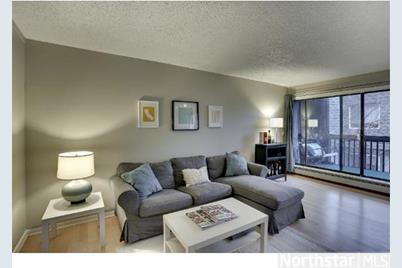 2610 Garfield Avenue #201 - Photo 1