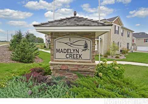 7723 Madelyn Creek Dr - Photo 1