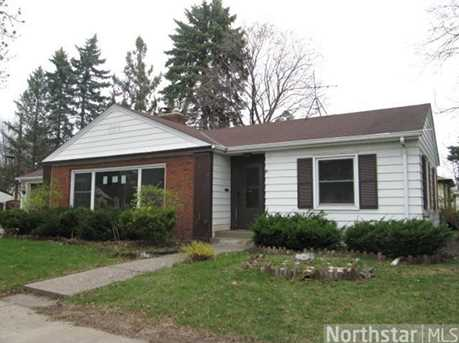 2220 Nokomis Avenue - Photo 1